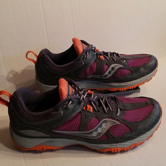 275fd08b6119 Saucony Adapt women s running shoes size 8.5. M 5a8499953800c50978a476e7